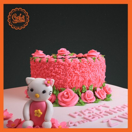 Hello Kitty Icing + Fondant Cake