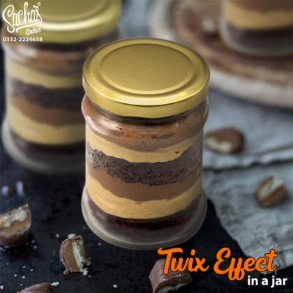 Twix Effect Cake in a Jar